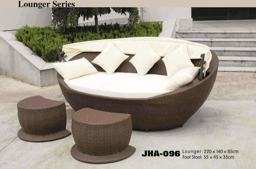 Oval Day Bed